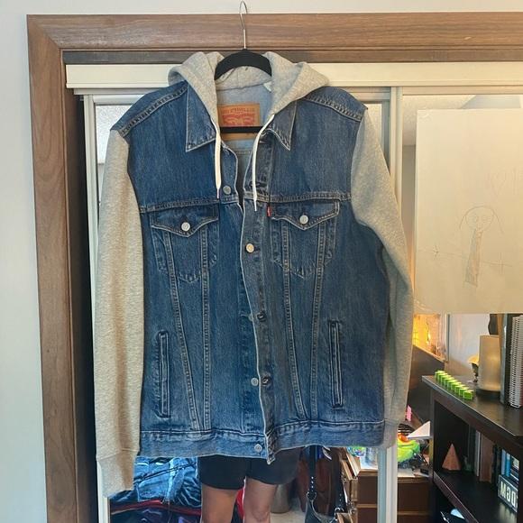 Levi Jean Jacket NWOT XL